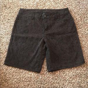 Simply Vera wang black denim Bermuda print shorts